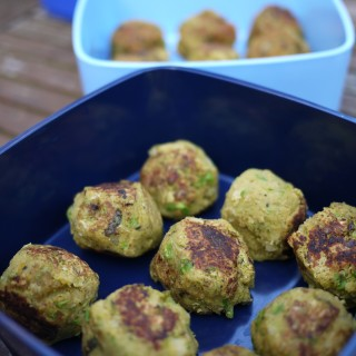 Recipe for minty pea falafel